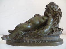 Jean-Louis Grégoire (1840-1890)-  zamak sculpture of a sleeping little boy/putto titled Pro Patria - France - ca. 1880