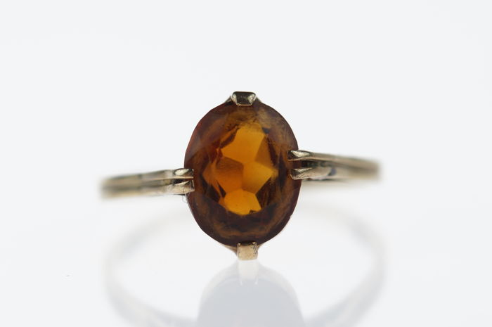 14 karat gold ring with Citrine, ring size: 16.5