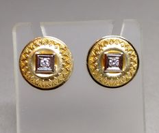 Stud earrings made of 14kt. Gold with brilliants 0.10ct.