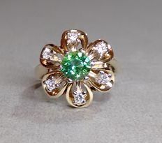 Cocktail ring made of 14 kt gold with 0.24 ct of brilliants and tourmaline, size 56, mint condition