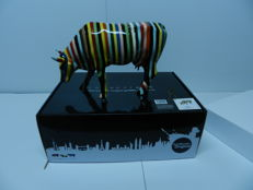 Cowparade - Striped - artist: Cary Smith