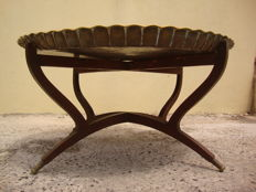 85 cm Diameter - Tea Table Engraved Brass Tray Top ( Solid ), With Folding  Wood Base, Algarve - Portugal - circa 1950