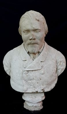 White chalk bust depicting a gentleman, Italy, second half of the 19th century