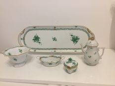 Set of 7 pieces of a Herend tableware set, Chinese Bouquet / Apponyi green
