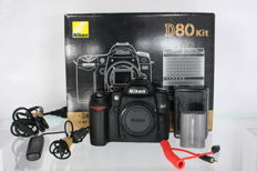 Nikon D80 with original packaging +-12800 clicks (2554)