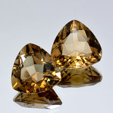 Two champagne topazes – 9.35 ct (4.33 + 5.02 ct) – No reserve price