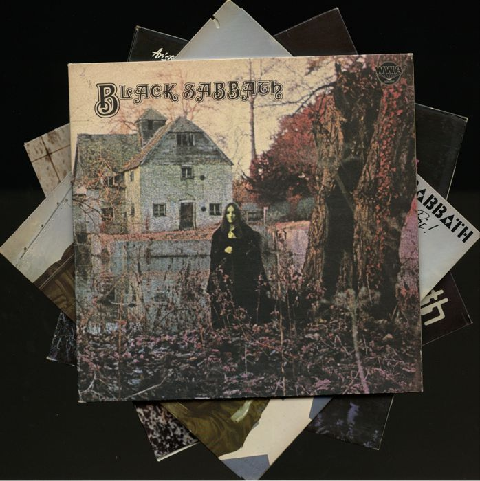 "Black Sabbath - Lot of six albums incl. ""Black Sabbath"", ""Paranoid"", ""Master of Reality"", ""Never say die"", ""Volume 4"" and ""Live at last"""