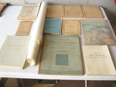 Lot consisting of 24 items, cartography and map books - 19th-century