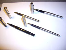 4 x PARKER writing devices 1 x ballpoint pen & 3 x roller ball