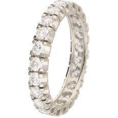 White gold eternity ring set with 22 brilliant cut diamonds of 1.54 ct in total, in a channel setting – Ring size: