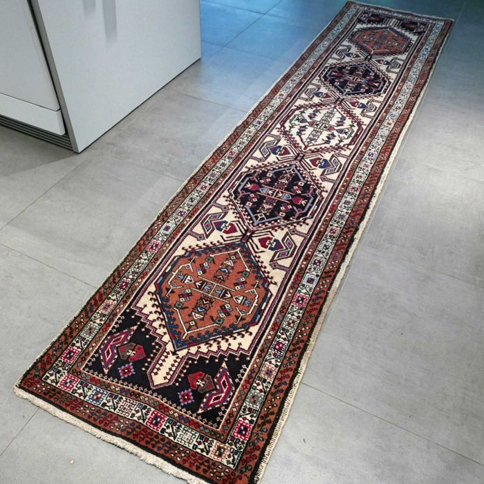 Beautiful semi antique Meshkin runner - 330 x 72 - unique look