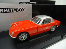 Whitebox - Scale 1/18 - Lotus Elite 1960 RHD - Red with Silver roof