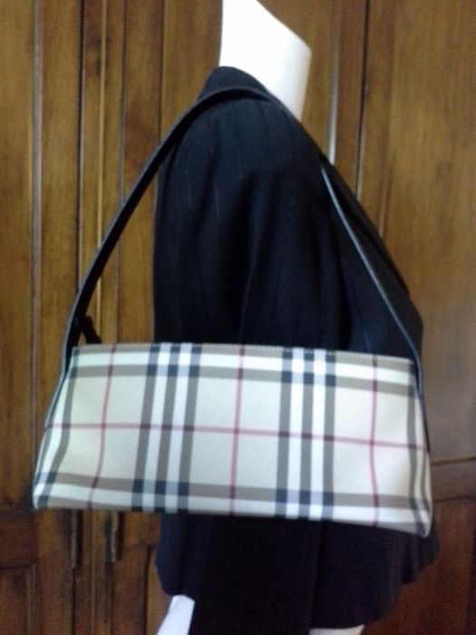 Burberry London – Shoulder bag    No reserve price    - Catawiki aa1770cc99495