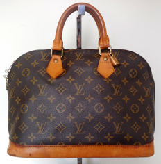 Louis Vuitton – Alma handbag