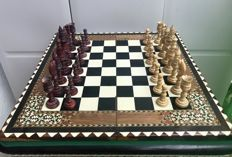 Persian chess set of 'One Thousand and One Nights'
