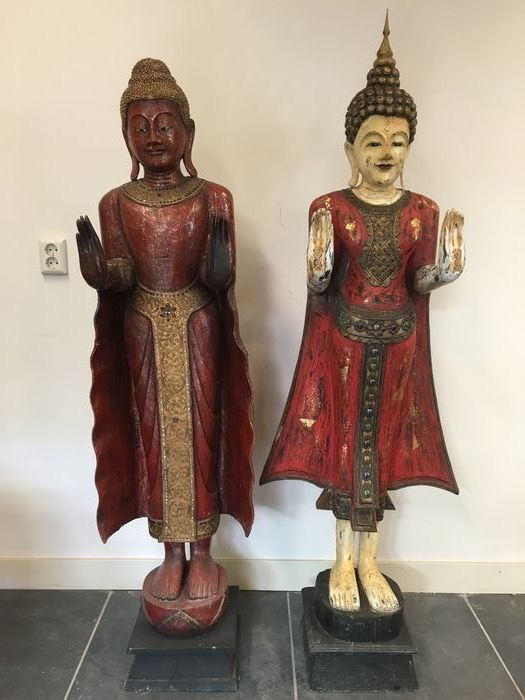 Two wooden statues - Burma/Thailand - end of 20th century