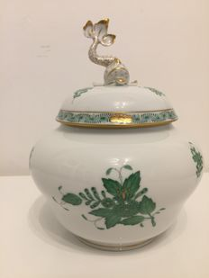 Herend biscuit jar/tureen Chinese bouquet Apponyi green with fish ornament