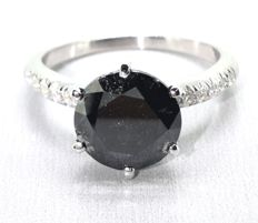 Ring with a natural  black diamond total  2.55  ct - *** No reserveprijs ***