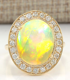 Certified 7.21 Carat Natural Opal And Diamond Ring In 14K Solid Yellow Gold - Ring Size: 7 *** free shipping *** no reserve ***