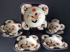 Woods Burslem, Grafton Imari motif, set of 6 dessert bowls with a fruit bowl
