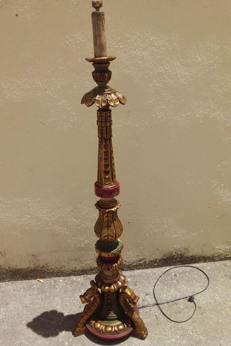 A Baroque Carved Wood Torchiere, standing lamp, early 20th century