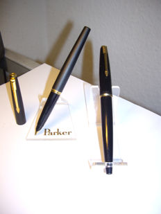 2x  Vintage PARKER fountain pen with 14 carat Gold B & BB nib