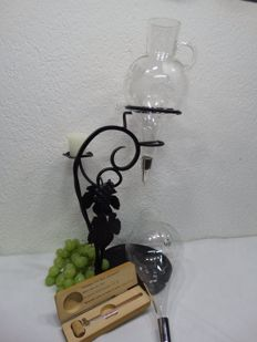 Hand-made wrought iron carafe holder with 2 carafes plus wine thermometer