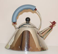 Michael Graves for Alessi - Kettle with bird