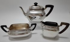 Three piece silver tea set, The Netherlands, Voorschoten N.M. van Kempen en zonen, Voorschoten, 1915