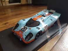AUTOart - Scale 1/18 - Porsche 917K #20 - Steve McQueen Collection from the movie Le Mans