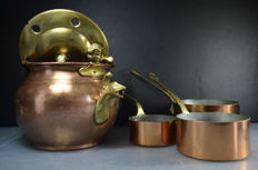 Copper teakettle with 3 copper pans