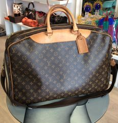 Louis Vuitton – Alize 2 Poche Soft Travel Bag