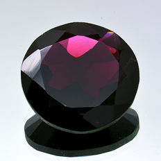 Red garnet – 15.47 ct – No reserve price