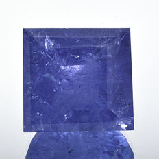 Blue-violet tanzanite – 10.38 ct