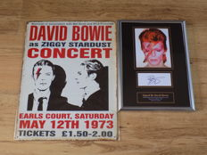 David Bowie retro metal concert sign & framed picture with pre-printed signature.