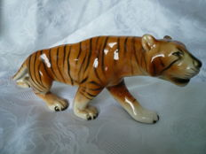 Large tiger made of porcelain Royal DUX Bohemia