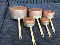 Set of 5 professional red copper saucepans