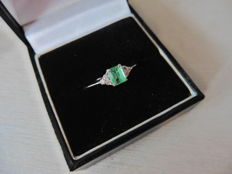 14k Gold Emerald and Diamond 0.09ct Dress Ring - size 52