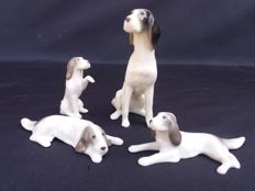 Lot of 4 thumbnails of Art Deco porcelain dogs, stamped and numbered - Metzler & Ortloff