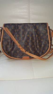 Louis Vuitton - Monogram Menilmontant MM