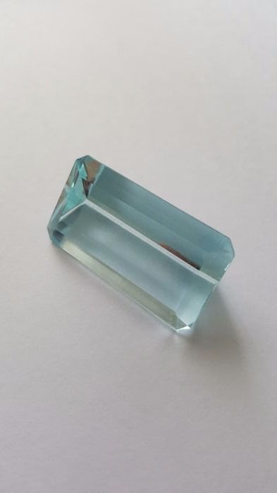 Aquamarine of 52.99 ct