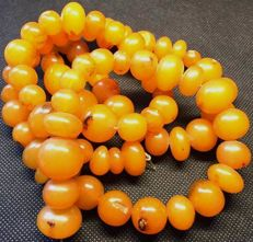 Antique Russian amber necklace / strand, approx. 19 - 20th Century, 134g