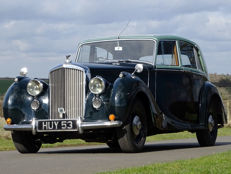 Bentley - MK VI H.J. Mulliner Saloon - 1949