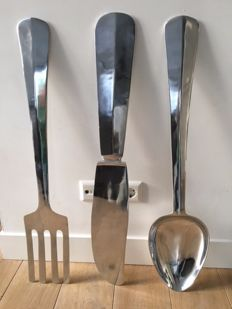 Extra large (90cm height!) spoon, fork and knife cutlery wall set, England, second half 20th century