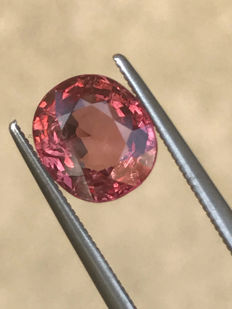Pinkish orange spinel - 2.21 ct