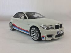 GT-Spirit - Scale 1/18 - BMW 1 M Motor Sport - White with Blue & Red Stripes