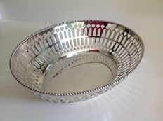 Silver plated open work bread basket, Keltum