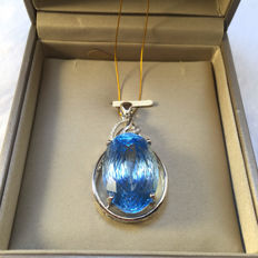 Topaz, diamond, 18K gold pendant. Topaz, 30.84 carats. Diamonds 0.095 carats. * no reserve price *