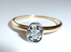 585/14kt ring with natural oval diamond solitaire of approx. 0.20ct *No Reserve Price*