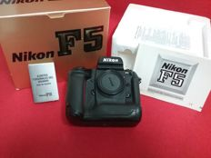 NIKON F5 - Only the body - Very well maintained